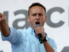 """Un médecin qui avait traité Navalny après son empoisonnement """"décède subitement"""""""