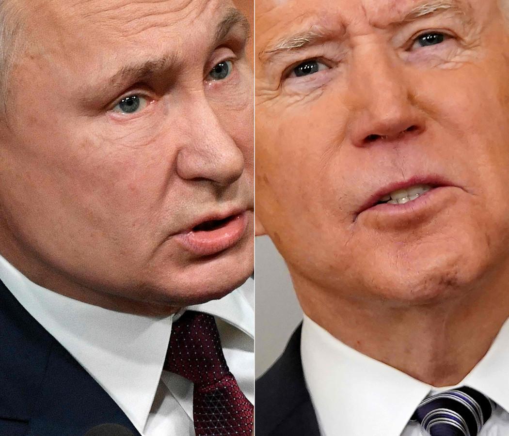 Poetin (l) en Biden.
