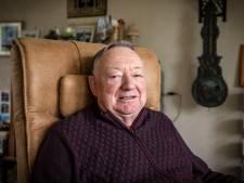 Aaldert (79) uit Delden plaatst advertentie omdat hij géén verjaardagsbezoek wil en wordt nu platgebeld
