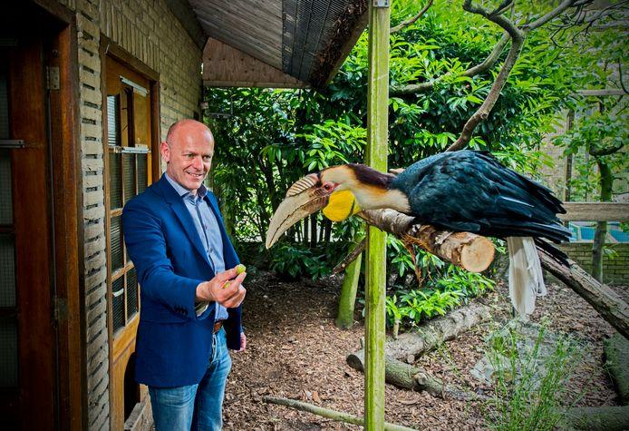 """Directeur John de Hoon in vogelpark Avifauna. ,,Met zo'n 2000 bezoekers zitten we nu ongeveer aan onze max."""""""