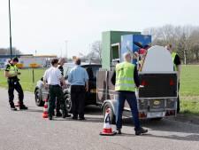 Politie controleert 60 voertuigen bij Cuijk