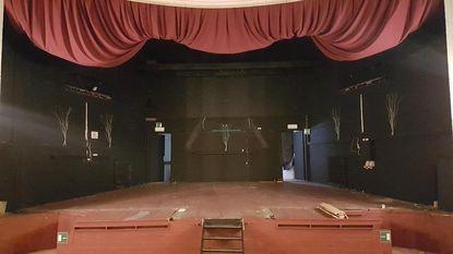 Te koop: oude cinemazaal 'Den Astrid'
