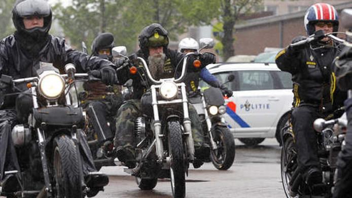 Motorrijders kwamen vorig jaar bijeen in Eindhoven en Amsterdam om met een toerrit het imago van motorclubs te verbeteren.