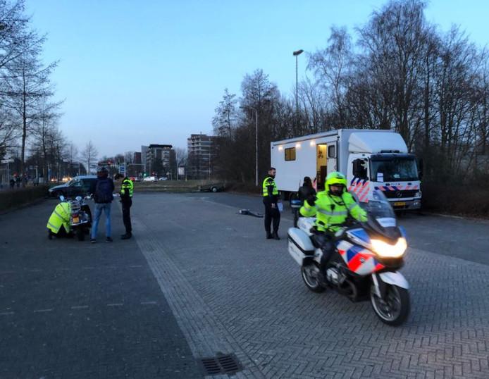 Boetes voor opgevoerde brommers bij controle | Amersfoort | AD.nl