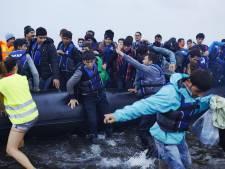 'Aantal asielzoekers naar Nederland daalt drastisch'
