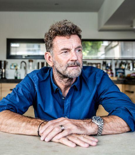 Gratis livestream met schrijver Kluun bij literair café Veldhoven