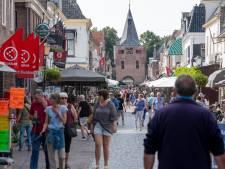 Elburg bruist als nooit tevoren: 'Het is hier nog drukker dan voorheen'