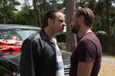 Tom Waes (r) in zijn rol als undercoveragent tijdens een confrontatie met drugsbaas Ferry Bouman, gespeeld door Frank Lammers.