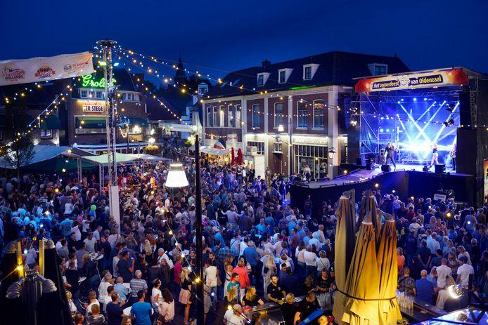 Ook dit jaar geen volle Groote Markt in Oldenzaal: de Boeskool is Lös gaat niet door.