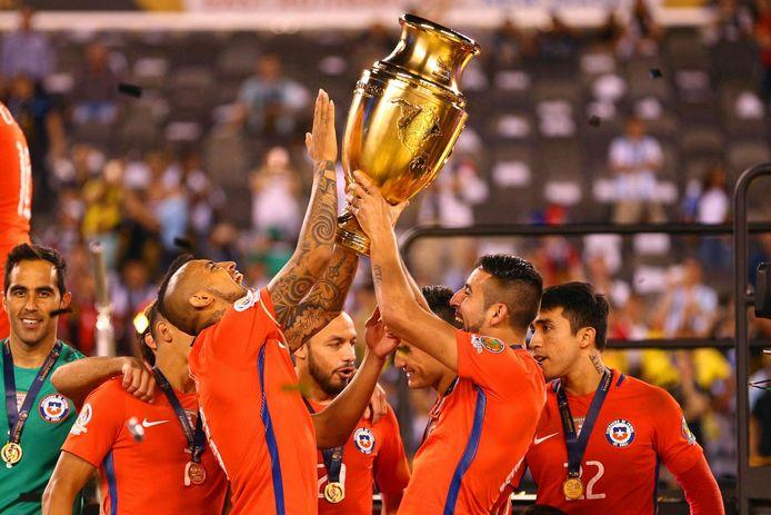 De laatste editie van de Copa América werd in de Verenigde Staten gespeeld. In de finale stond het na 90 minuten 0-0 tussen Argentinië en Chili. De penaltyserie werd door Chili met 4-2 gewonnen.