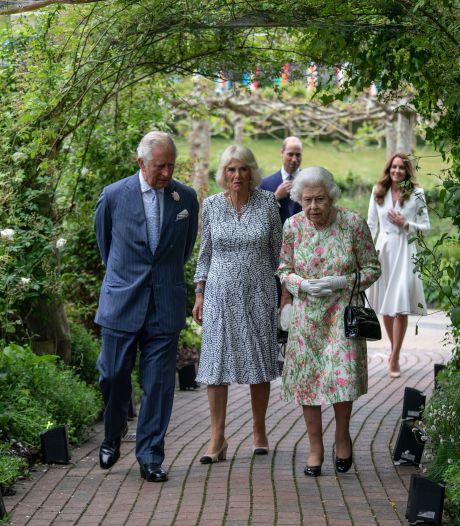 Kate Middleton trekt zich niets aan van protocol wanneer ze prins Charles ziet: 'Hé, opa!'