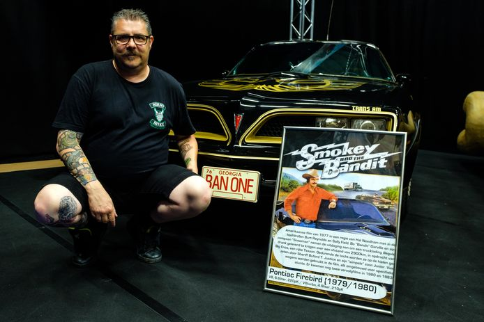 Chris Charlier, hier bij zijn Pontiac Firebird van 'Smokey and the Bandit'.