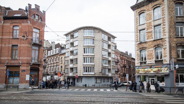 Het appartement in de Max Roosstraat in Schaarbeek, waar ook de laptop met het testament gevonden werd. Beeld BELGA