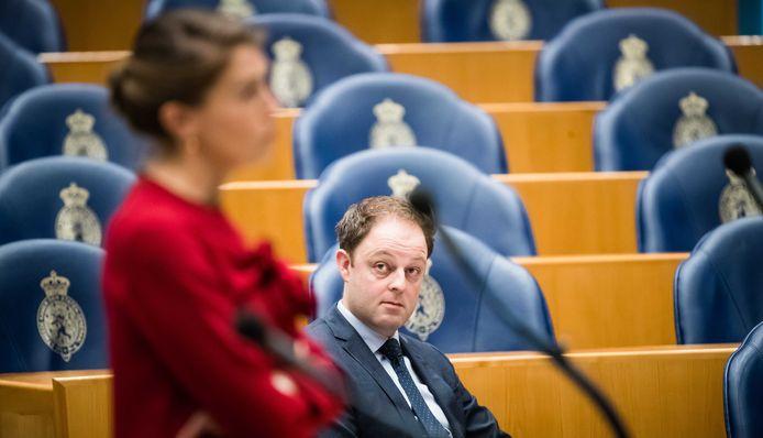 Harry van der Molen (CDA) tijdens een debat over de wijziging van de embryowet.