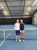 Toptennissters Alison Van Uytvanck en Greet Minnen trainen in Denderleeuw.