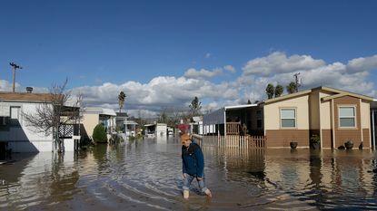 Duizenden mensen geëvacueerd wegens overstromingen in Californië