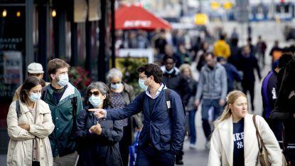 Nederlandse premier adviseert om mondmasker overal in publieke ruimte te dragen