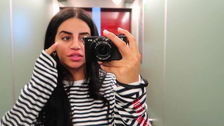 Still uit een vlog van Selma Omari Beeld