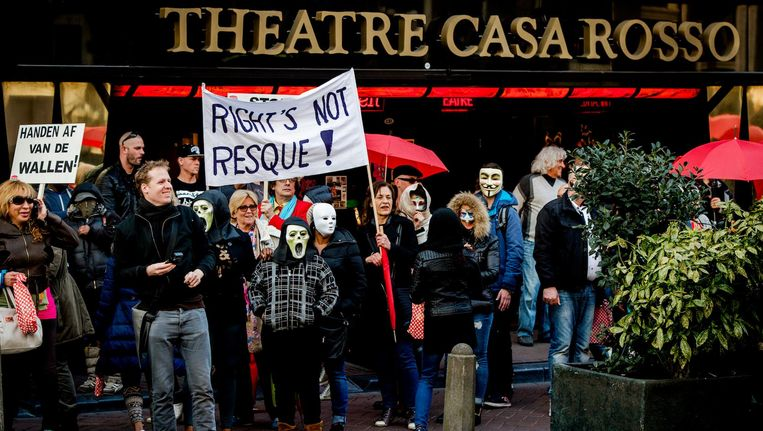 Sekswerkers en sympathisanten demonstreerden in 2015 tegen het Project 1012 van de gemeente Amsterdam. Beeld anp