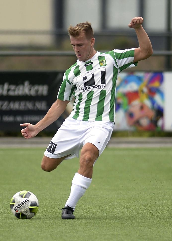 de foto's van Joep van den Ouweland speler van Achilles Veen.
