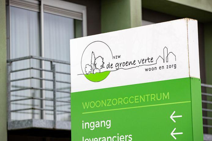 Woonzorgcentrum De Groene Verte in Houthulst, waar al 110 mensen besmet zijn geraakt met de mogelijk besmettelijkere Britse coronavariant.