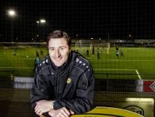 Gommans haalt druk van de ketel bij UNA: 'Eerst maar eens lekker gaan voetballen'