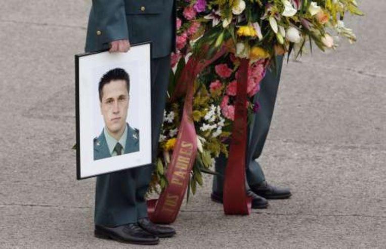 De 23-jarige Fernando Trapero Blazquez wordt begraven. Beeld UNKNOWN