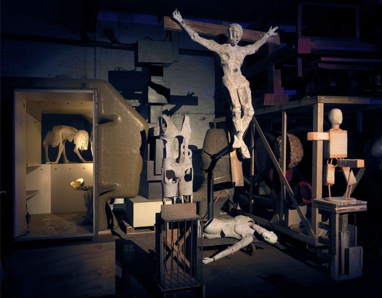 Diorama van Joep van Lieshout in de expositie Fake Me Hard. Beeld Gert Jan van Rooij
