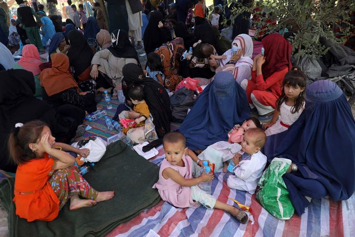 Afghan families have fled their homes because of fighting between the Taliban and Afghan troops.  They take refuge in a park in the capital Kabul.