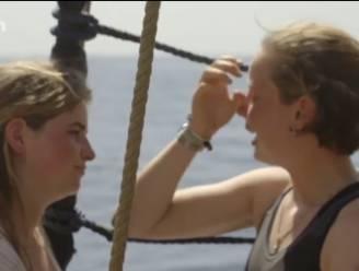 """Anuna De Wever in tranen op zeilboot om afgelaste klimaattop, """"maar we blijven varen"""""""