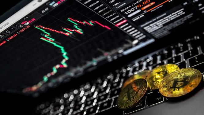 Bloedrode dag op cryptomarkt: bitcoinprijs daalt tientallen procenten