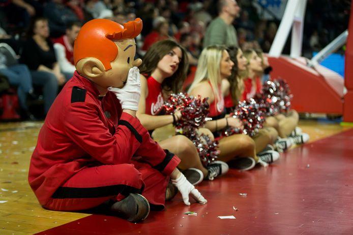 La mascotte du Spirou Charleroi est inquiète