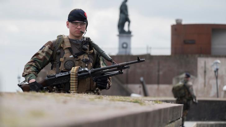 'Inspraak mariniers over verhuizing kazerne moet opnieuw'