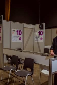De duizelingwekkende cijfers achter vaccinatielocatie IJsselhallen in Zwolle: 'Een hectische periode'