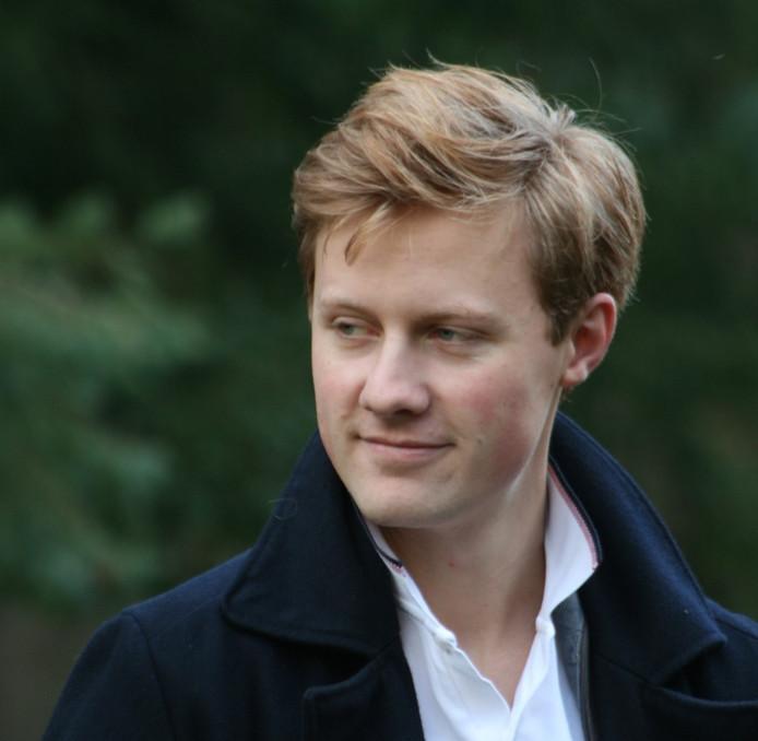 Willem Mulders stapt over van de VVD in Elburg naar de nieuwe partij LEV van Rick van Velthuysen.