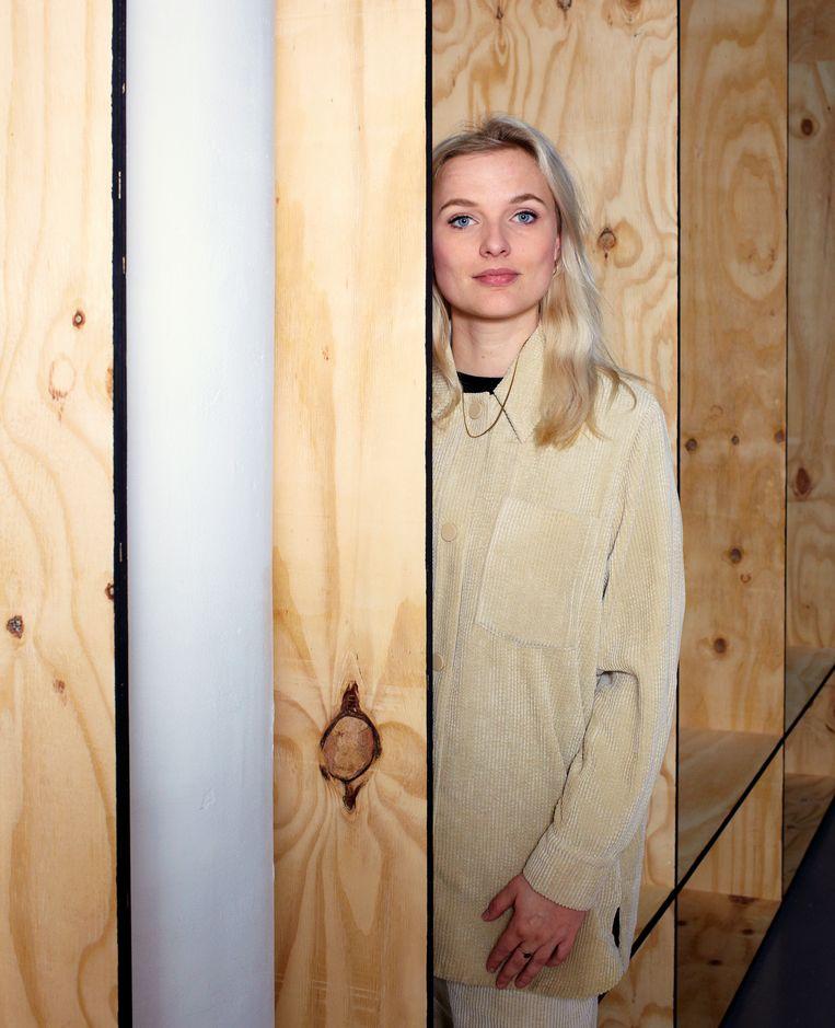 Heske ten Cate: 'De laatste jaren zie je herwaardering voor textiel in de kunst en dat is voor een groot deel dankzij vrouwen zoals Nil Yalter.' Beeld Daniel Cohen