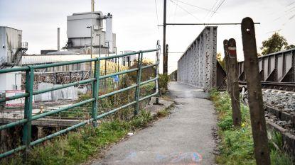 Spoorwegbrug langer afgesloten voor fietsers