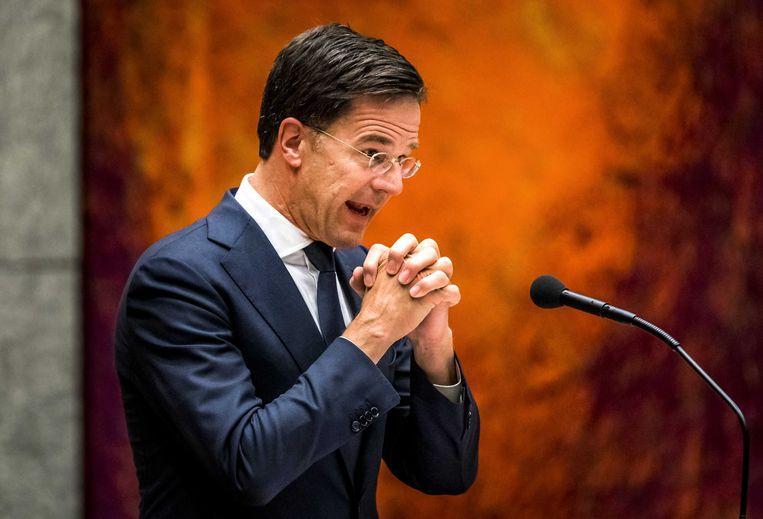 Premier Rutte maakt zijn excuses aan de Groningers tijdens het kamerdebat over de gaswinning in Groningen en de aardbevingen die daardoor worden veroorzaakt. Beeld ANP