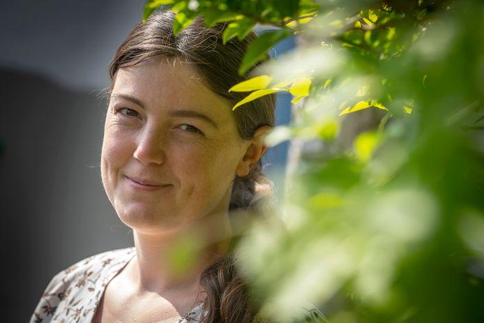 Larissa van Gurchom-Colijn schreef een Engelstalig gedicht over corona voor het e-book van de bibliotheek.
