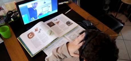 Drie weken onderwijs op afstand: 'Een stuk zwaarder dan voor de klas te staan'
