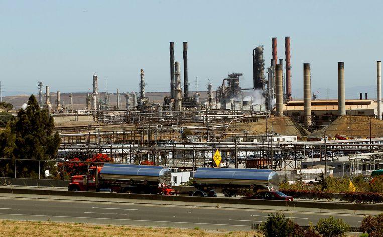 Eén van Chevrons raffinaderijen in Californië.  Beeld REUTERS