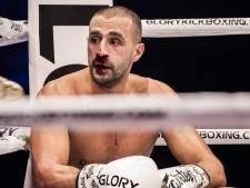 Pijnlijke aftocht bij rentree: Badr Hari knock-out in derde ronde