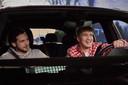 Snelle achter het stuur, met naast zich zijn vriend en producer Tristian.