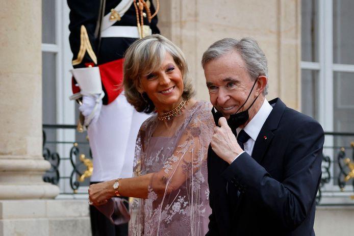 Bernard Arnault en echtgenote Hélène Mercier-Arnault schoven begin juli aan voor het staatsbanket ter ere van het bezoek van de Italiaanse president Sergio Mattarella aan het Élysée.
