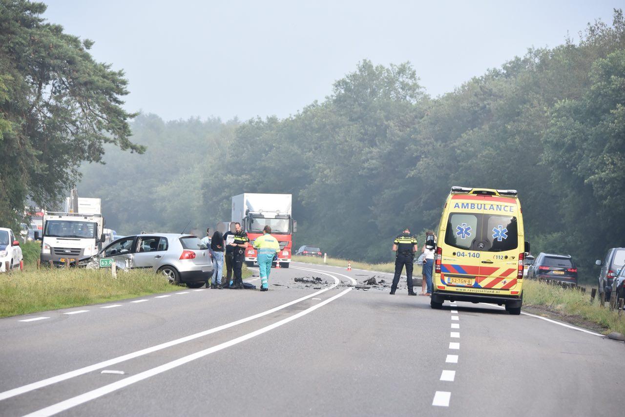 Aanrijding op de Hessenweg tussen Ommen en Oudleusen.