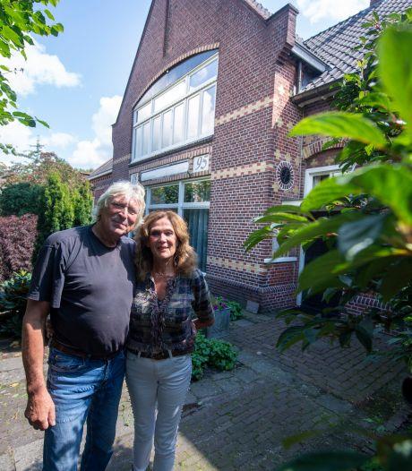 Het bijzondere pand van Ruurd en Yvonne Hallema in Borne: van café en toneelzaal tot woonhuis en atelier