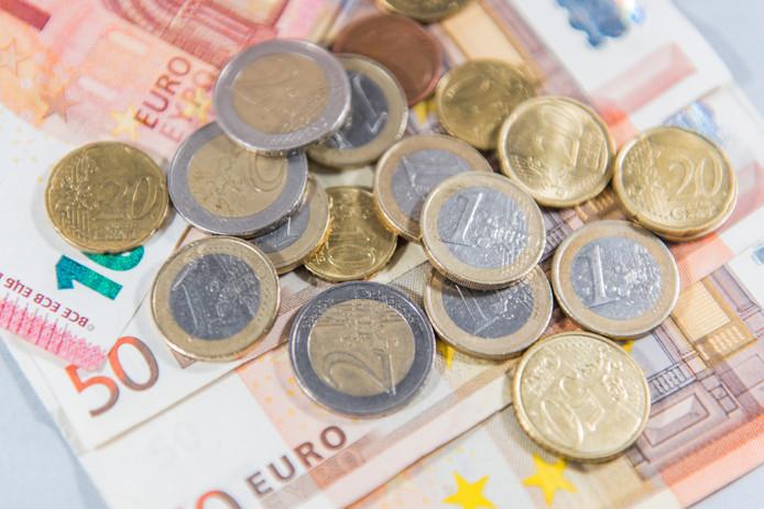 Verenigingen in regio Zwolle krijgen 356.000 euro uitgekeerd.