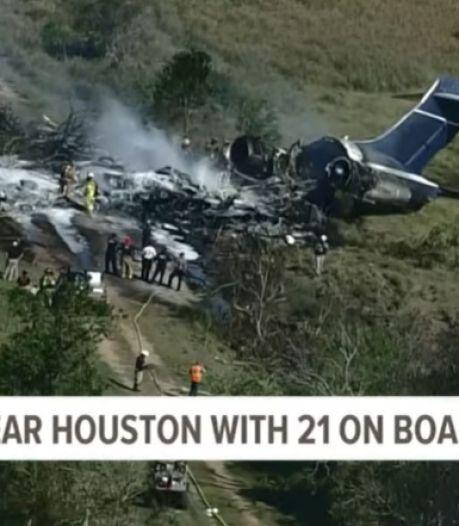 Un avion transportant 21 personnes s'écrase au Texas, toutes rescapées