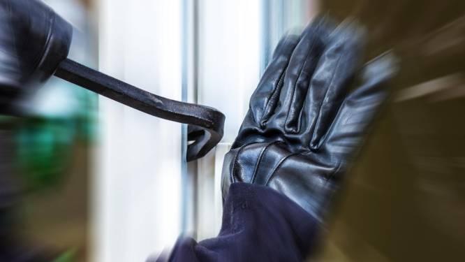 Dubbele inbraakpoging in Koninginnelaan bij bejaarde bewoners