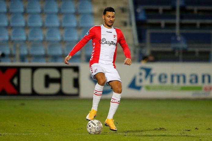 Ricardo van Rhijn is een van de internationals tijdens de kelderkraker tussen ADO Den Haag en FC Emmen.